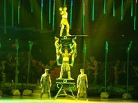 Chinese_Acrobat_Show_5841