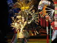 Chinese_Acrobat_Show_6100